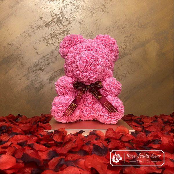 Różowy miś z Różyczek