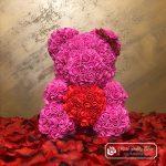 Różowy Miś z Róż