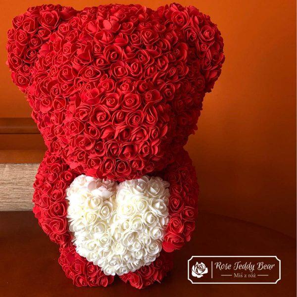 Miś z róż 60cm czerwony z białym sercem
